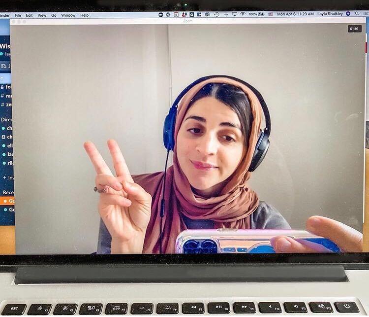 Screenshot of an artist in a livestream
