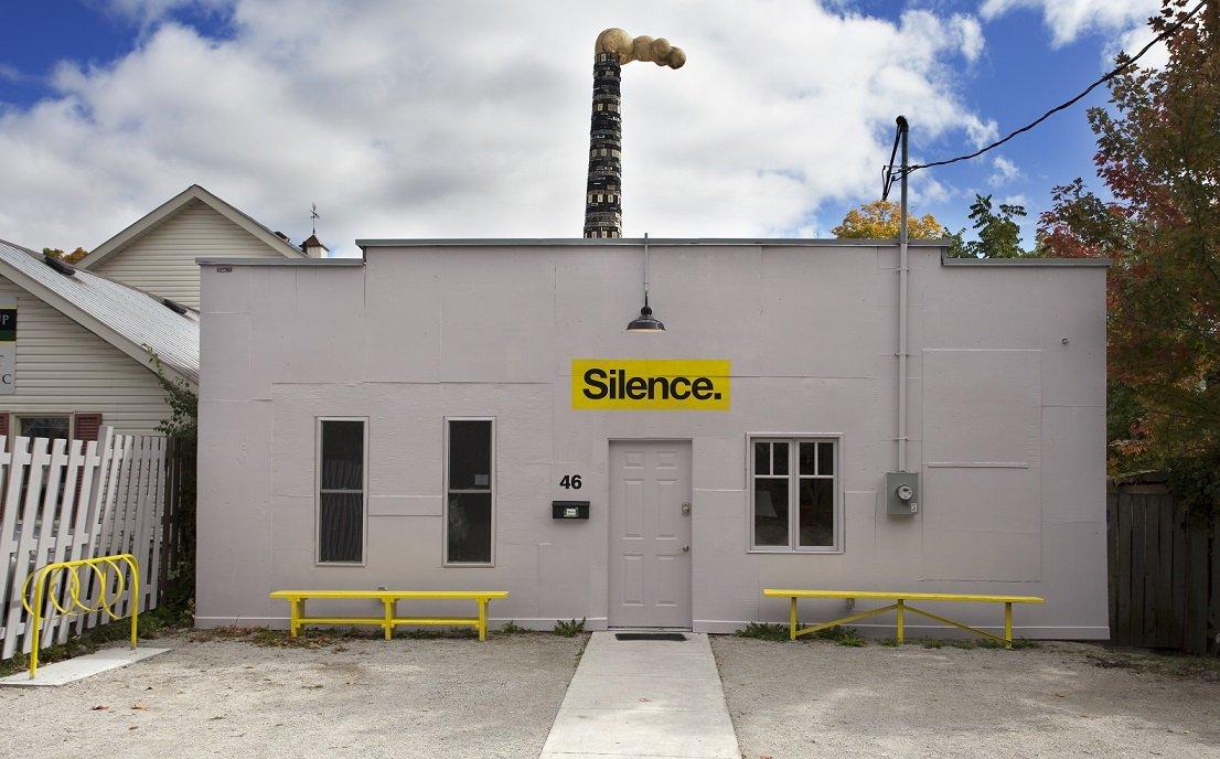 SILENCE-3401_small-daeb3066